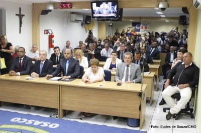 Prefeito Rogério Lins participa da Primeira Sessão Ordinária (3).jpg