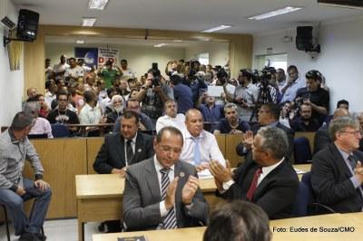 Prefeito Rogério Lins participa da Primeira Sessão Ordinária (5).jpg