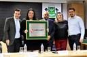 Câmara concede Placa Comemorativa à operadora Megabit Telecom