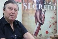 """Valdir Ferreira lança livro """"O Salmo Secreto"""" na Câmara"""