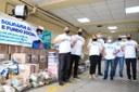 Vereadores e servidores fazem força-tarefa para entregar alimentos arrecadados